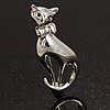 Silver Tone Sitting Cat Brooch