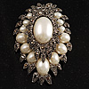 Oversized Vintage Corsage Faux Pearl Brooch (Ivory)