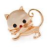 Cute Kitten Brooch In Gold Tone Metal - 35mm