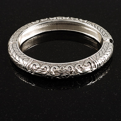 Silver Tone Vintage Inspired Hinged Bangle Bracelet