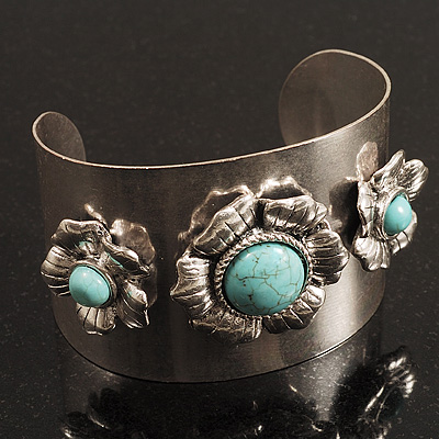 Vintage Wide Turquoise Flower Cuff Bangle (Antique Silver)
