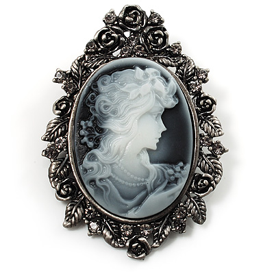 Vintage Cameo Brooch & Pendant (Black Tone) - main view
