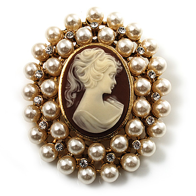 Pearl Crystal Cameo Brooch (Gold Tone)