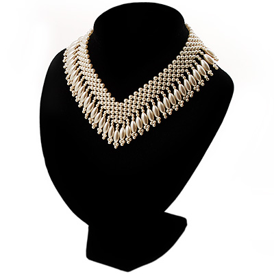 Bridal Imitation Pearl Charm V-Choker Necklace (Light Cream)