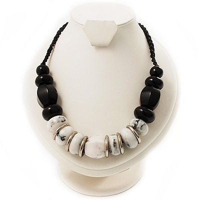 Stylish Chunky Polished Wood Bead Cotton Cord Necklace (Black & White