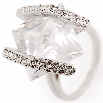 J Lo Style Clear Crystal Fashion Ring