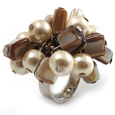 Faux Pearl & Shell Cluster Silver Tone Ring (Ivory & Antique White)