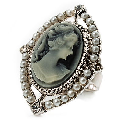Vintage Filigree Pearl Cameo Ring (Silver Tone)