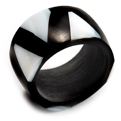 Black Resin & White Shell Inlay Band Ring