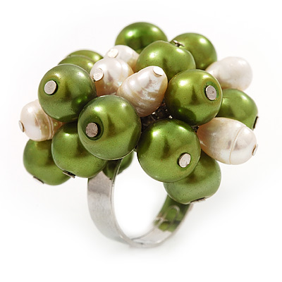 Freshwater Pearl &amp; Bead Cluster Silver Tone Ring (Green &amp; Ivory) - Adjustable