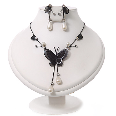 Romantic Faux Pearl &#039;Butterfly&#039; Necklace &amp; Drop Earrings Set In Black Metal